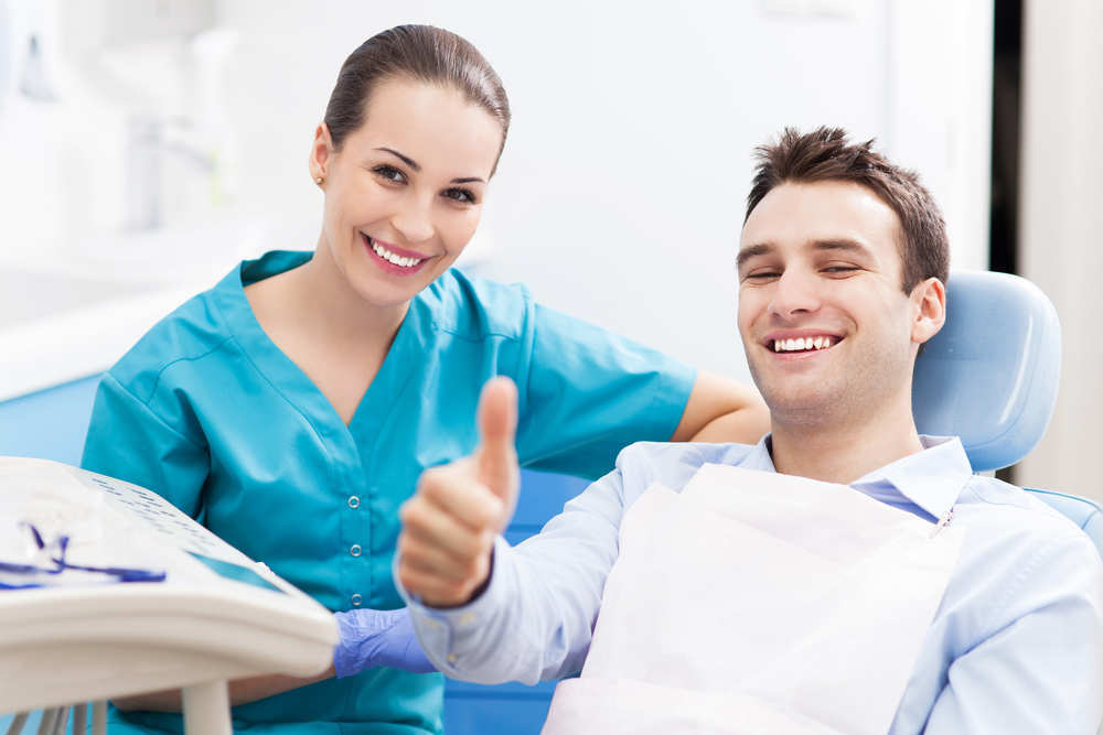 Las ventajas de acudir a la clínica dental de toda la vida