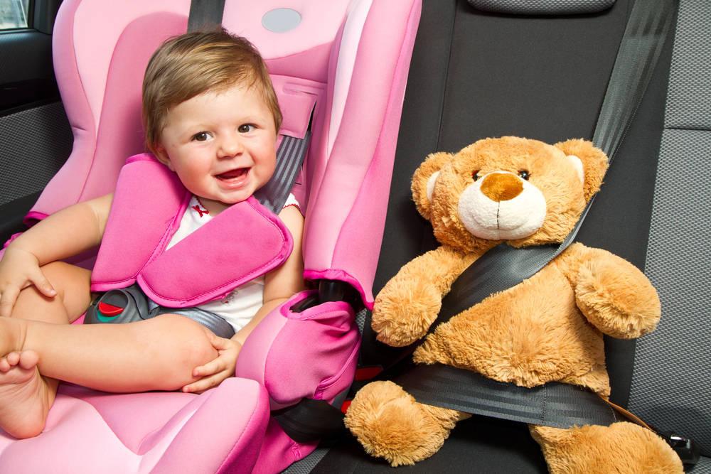 Seguridad en carretera para bebés y niños pequeños