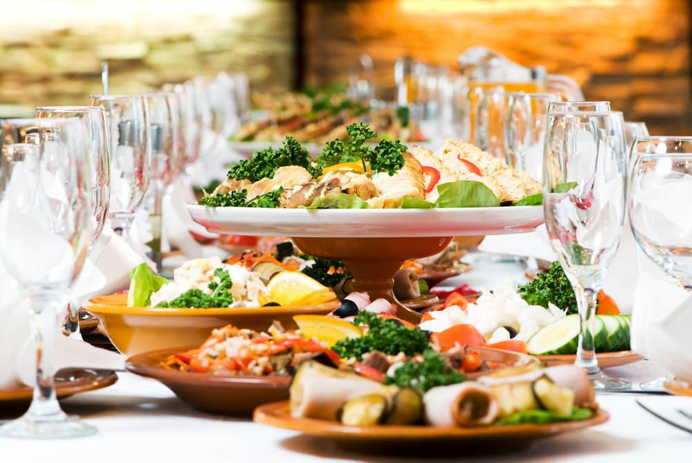 Las bodas, eventos pensados para comer mucho y bien