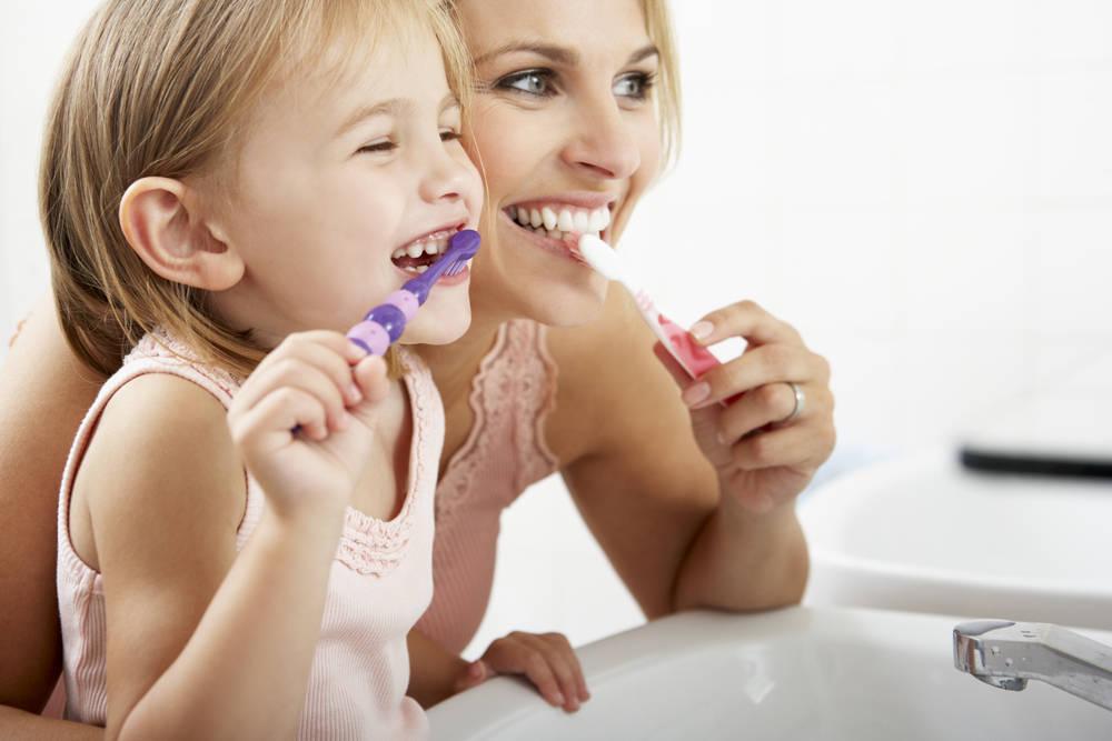 La importancia de una buena salud dental en los más jóvenes