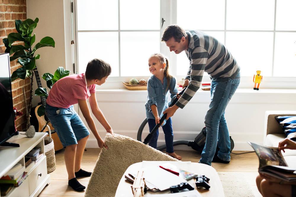 Limpieza en el hogar: clave para la organización y la felicidad en familia